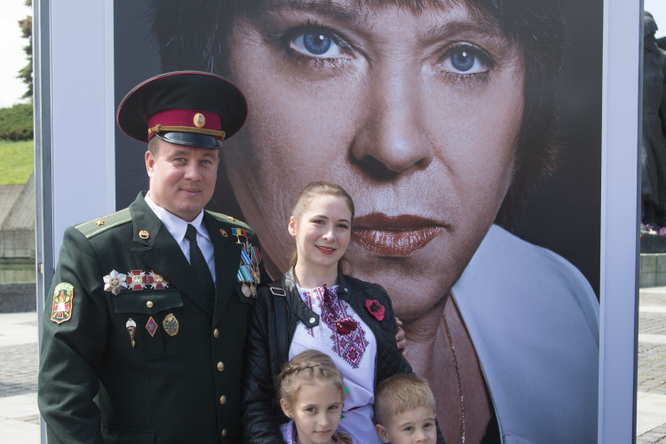 You will grow up, my son, and you will choose your way, and my worries of you will grow with you… Immortal poem of Vasyl Symonenko describes the pain and at the same time immense generosity of a motherly heart. A heart, which blesses and sends her son for the defense of the Motherland